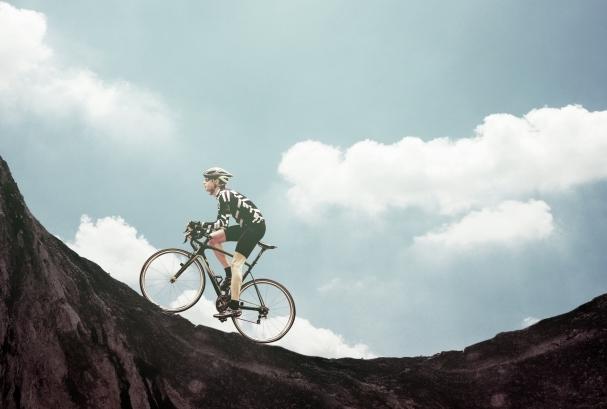 ノーパンクタイヤで走りが重くなったロードバイク