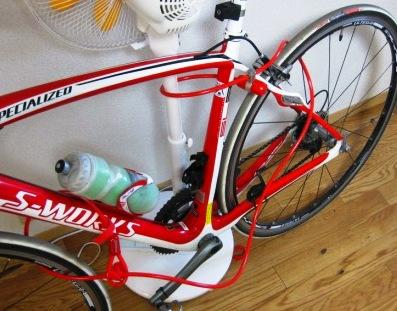 自転車の 自転車 旅 クロス ロード : 自転車ロードバイクの鍵のお ...